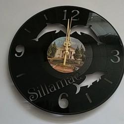 Часы настенные из винила